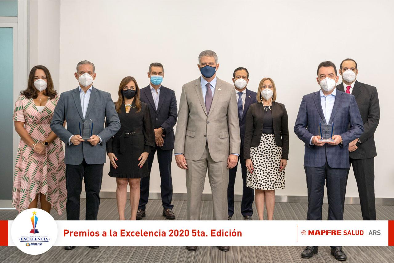 MAPFRE SALUD ARS gana dos galardones en Premios a la Excelencia ADOCOSE 2020